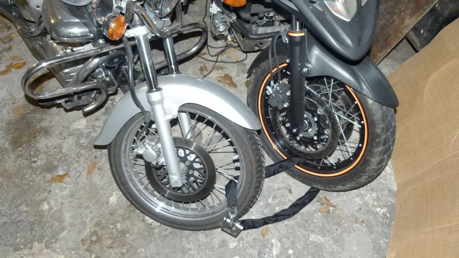 ŁAŃCUCH ZABEZPIECZENIE DO MOTOCYKLA 10 mm